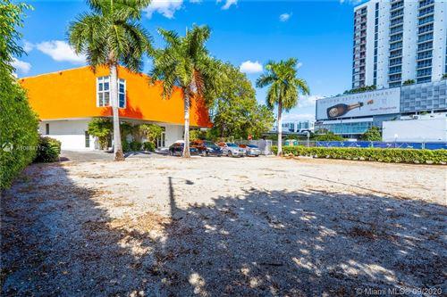 Photo of 3620 NE Miami Pl, Miami, FL 33137 (MLS # A10884712)
