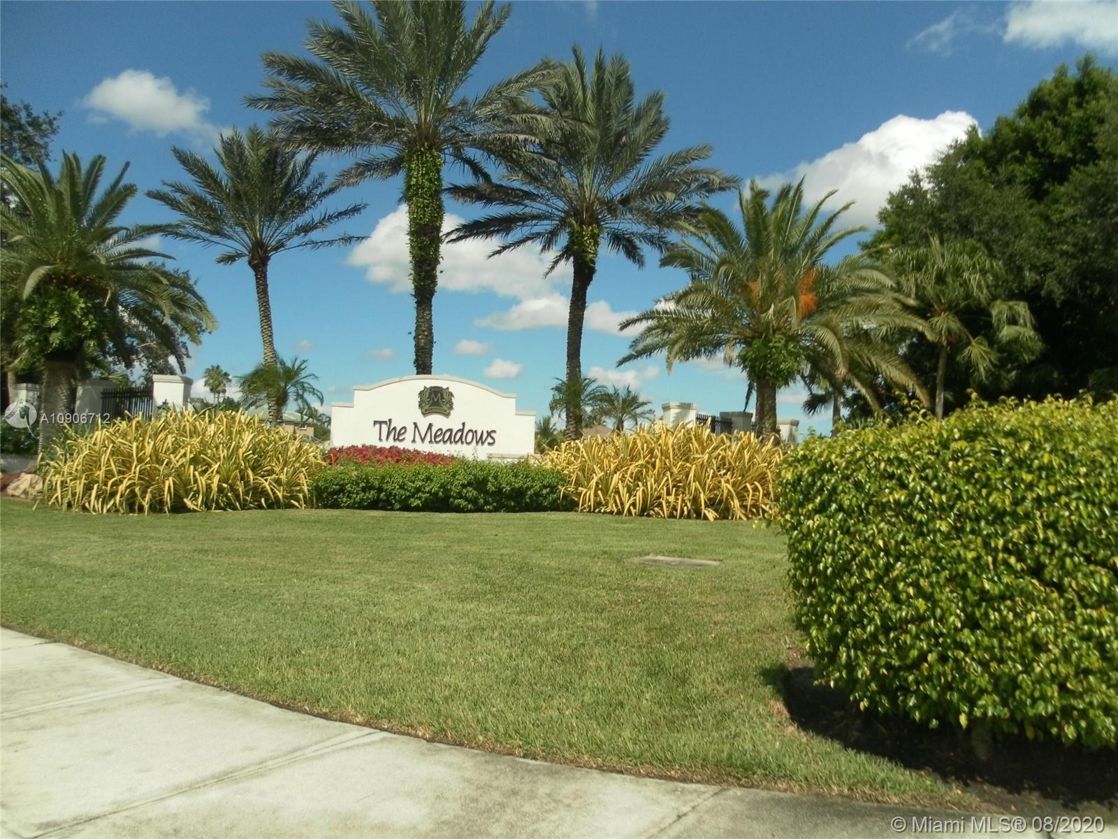 701 Tanglewood Cir, Weston, FL 33327 - #: A10906712