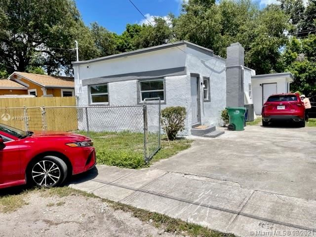 2109 NW 82nd St, Miami, FL 33147 - #: A11091712