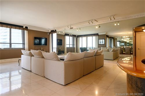 Foto de inmueble con direccion 10175 Collins Ave #PH5 Bal Harbour FL 33154 con MLS A10766713