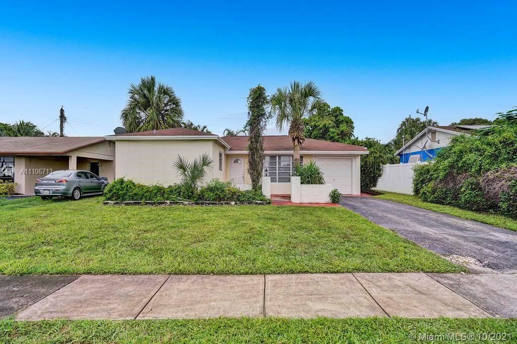 Photo of 731 NW 65th Ave, Margate, FL 33063 (MLS # A11106713)