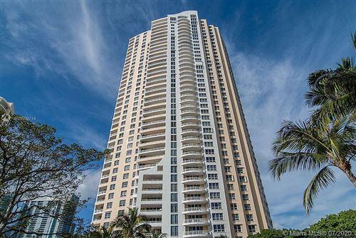 Foto de inmueble con direccion 848 Brickell Key Dr #3603 Miami FL 33131 con MLS A10889714
