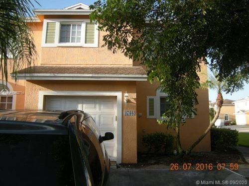 Photo of 4788 SW 13th Pl, Deerfield Beach, FL 33442 (MLS # A10933714)