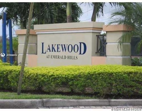 Photo of 3670 N 56th Ave #715, Hollywood, FL 33021 (MLS # A11036714)