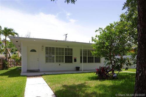 Photo of 2122 NE 170th St #2122, North Miami Beach, FL 33162 (MLS # A10838716)
