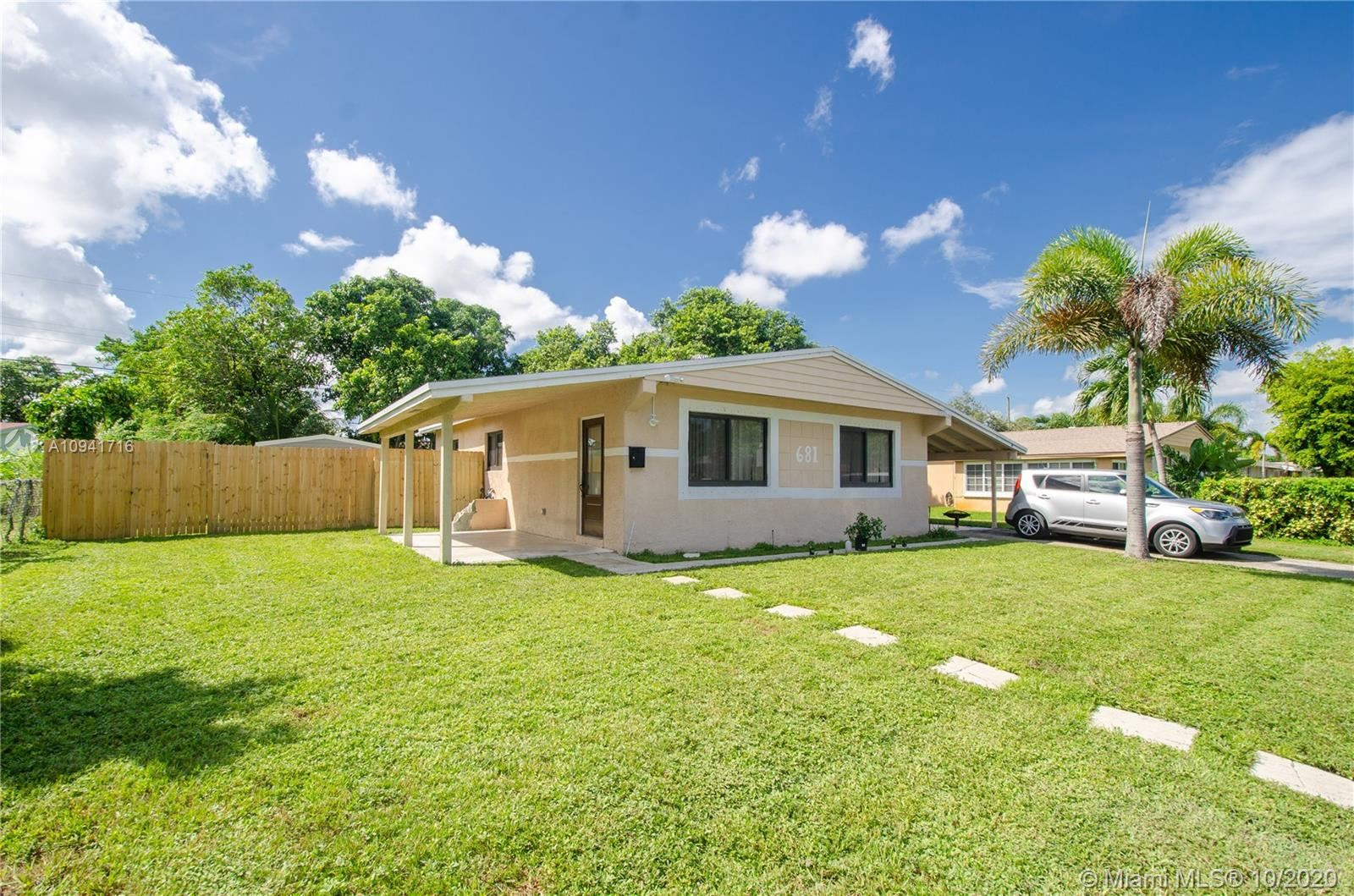 681 SW 29th Ave, Fort Lauderdale, FL 33312 - #: A10941716