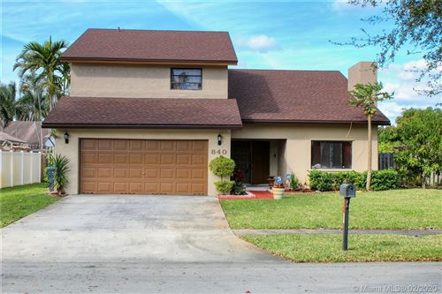 Photo of Listing MLS a10810717 in 840 SW 95 Ter Pembroke Pines FL 33025