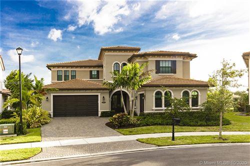 Photo of 11052 Pinnacle Way, Parkland, FL 33076 (MLS # A10939717)