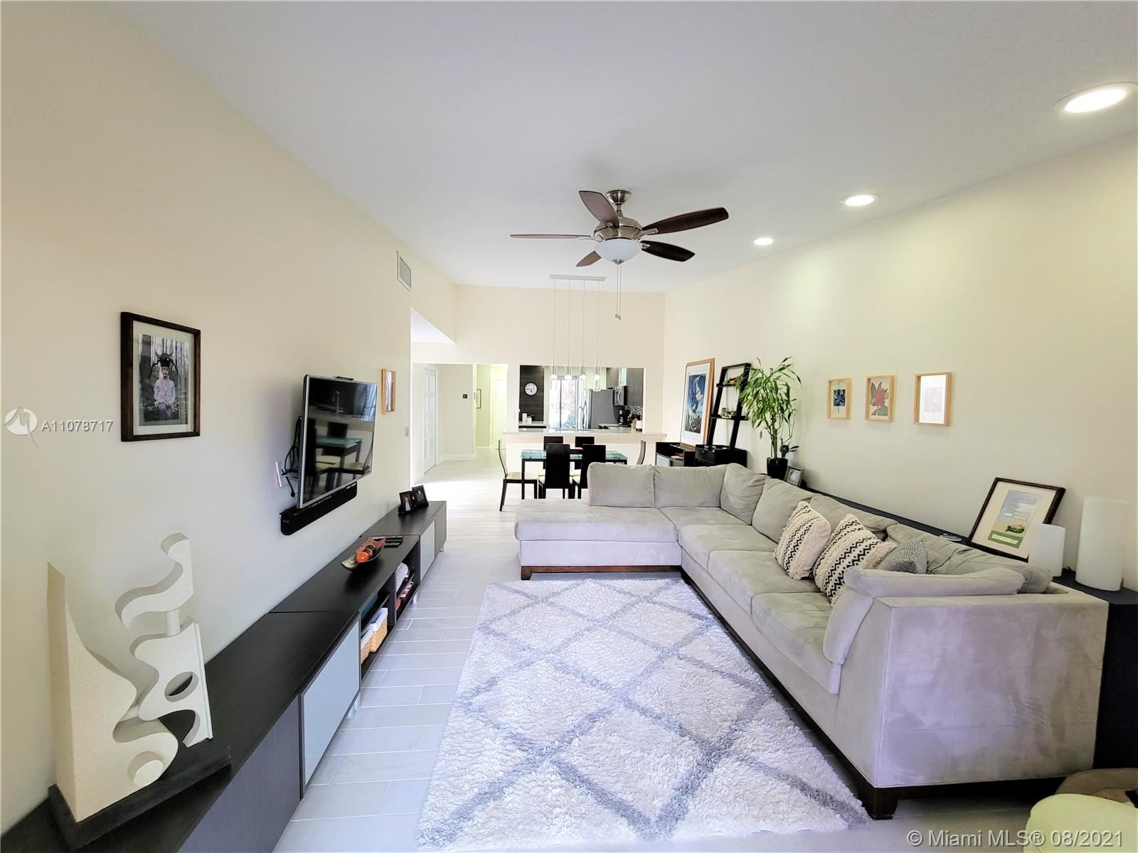 Photo of 819 NW 79th Ter #819, Plantation, FL 33324 (MLS # A11078717)