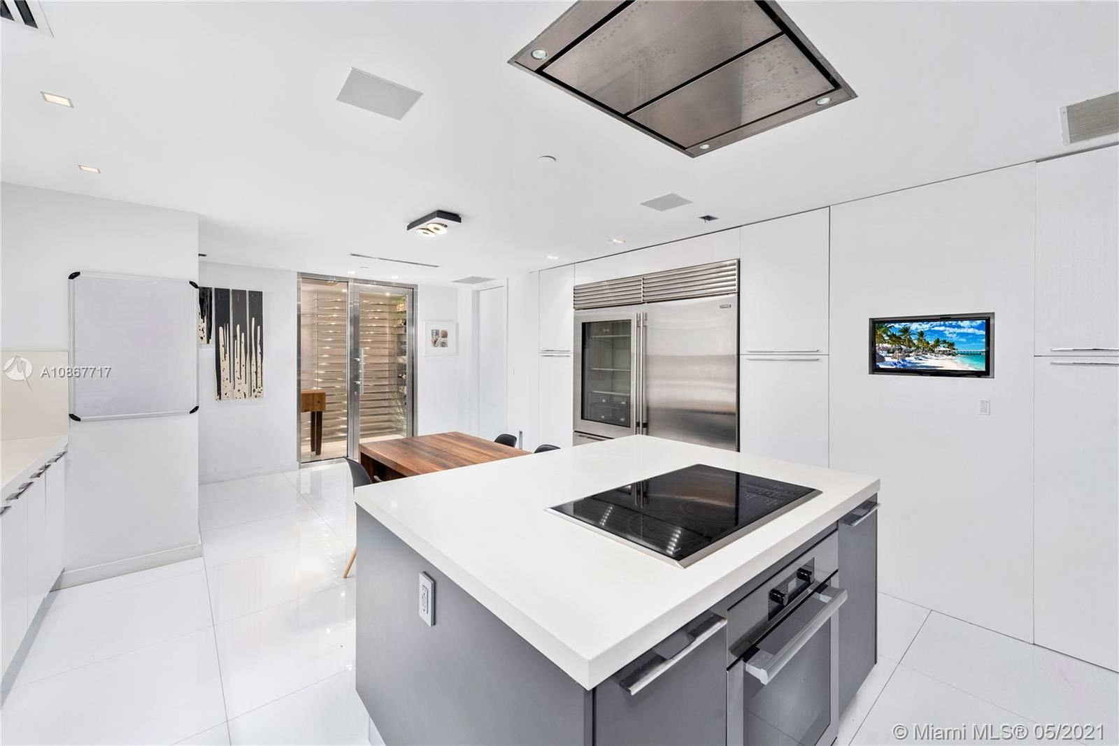 Photo 24 of Listing MLS a10867717 in 7716 FISHER ISLAND DR #7716 Miami FL 33109