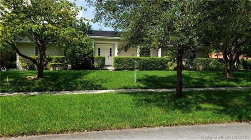 Photo of 8221 SW 176th St, Palmetto Bay, FL 33157 (MLS # A10924718)