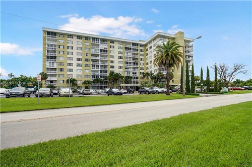 Photo of 4400 Hillcrest Dr #107A, Hollywood, FL 33021 (MLS # A11100719)