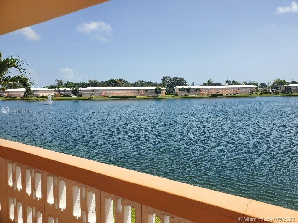 Photo of 1015 SW 11th Ave #18K, Hallandale Beach, FL 33009 (MLS # A10921719)