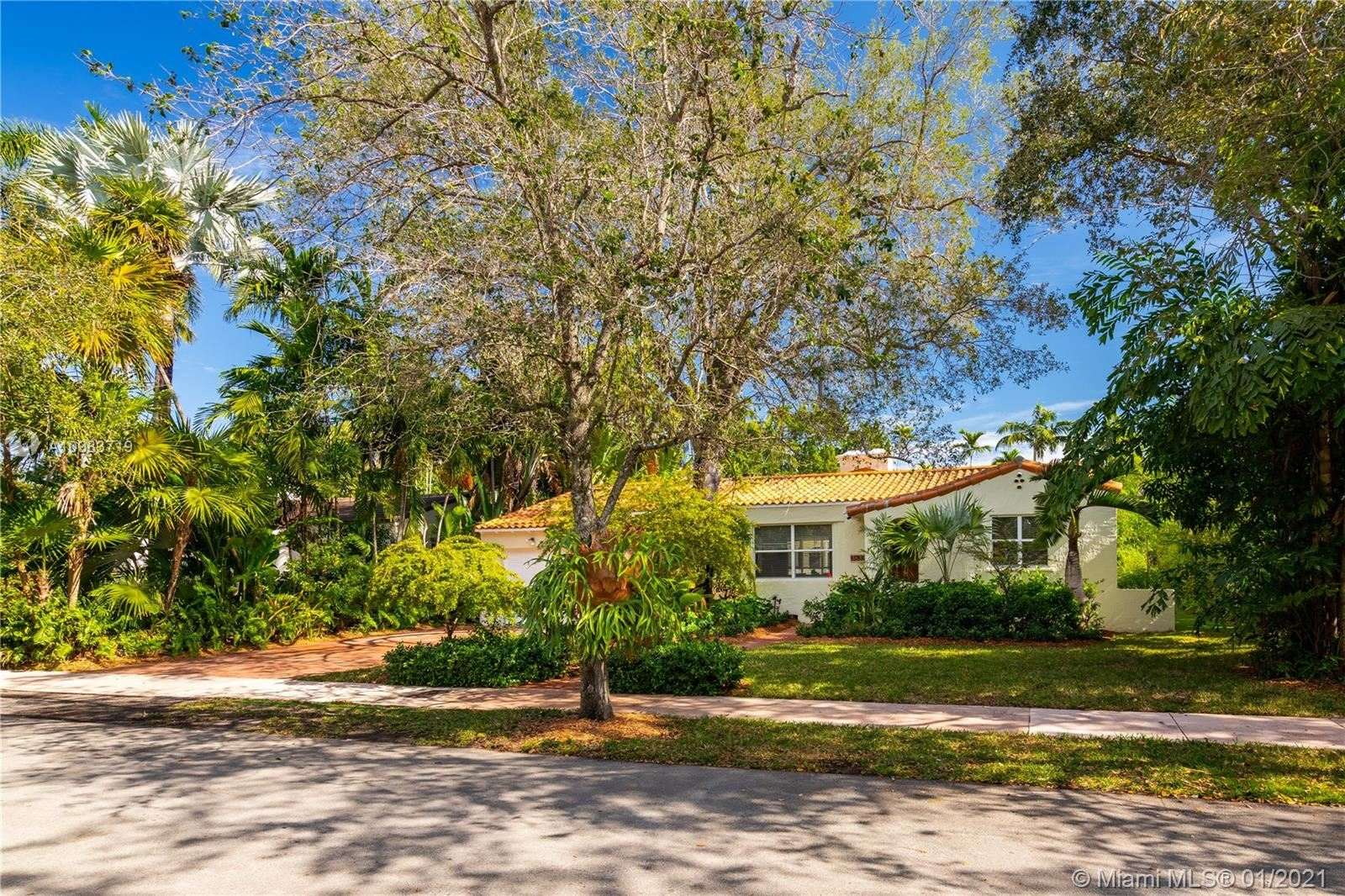 3633 Harlano St, Coral Gables, FL 33134 - #: A10983719
