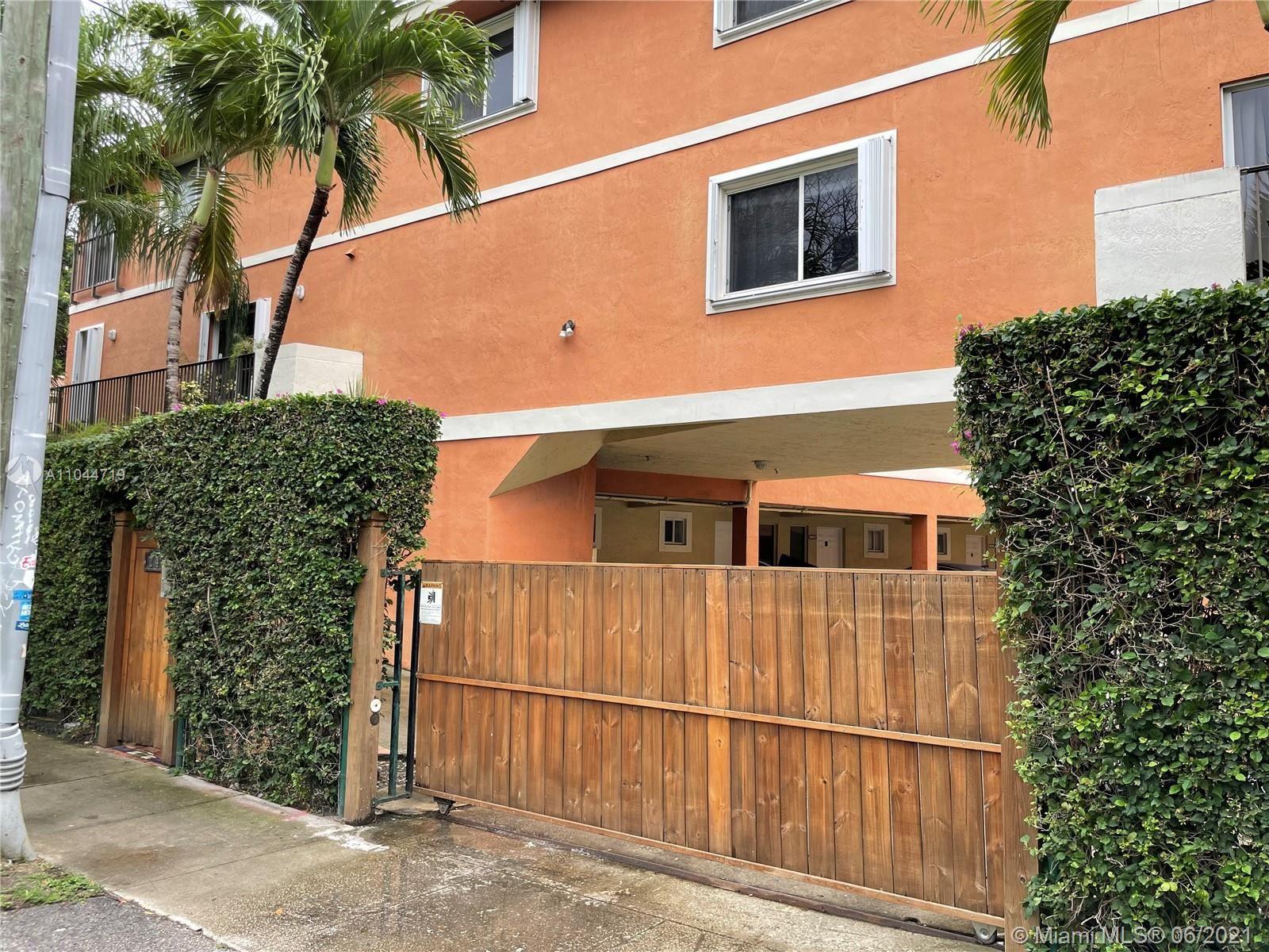 240 SW 15th Rd #106, Miami, FL 33129 - #: A11044719