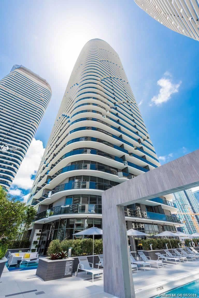 45 SW 9th St #2105, Miami, FL 33130 - #: A11068720