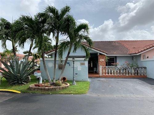 Photo of 4527 SW 143rd Pl E, Miami, FL 33175 (MLS # A11088721)