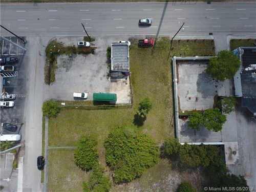 Photo of 617 N Dixie Hwy, Hallandale, FL 33009 (MLS # A10673722)