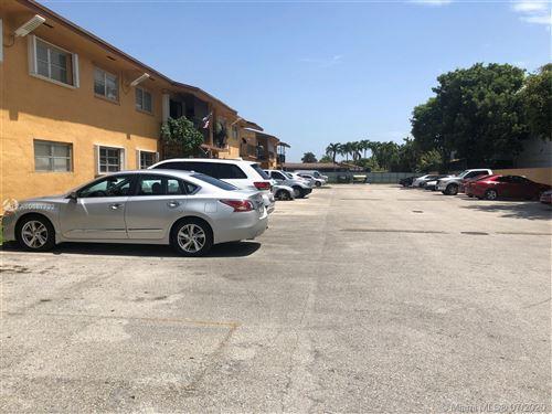 Photo of 9520 SW 8th St #117, Miami, FL 33174 (MLS # A10887722)