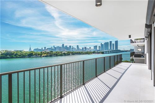 Foto de inmueble con direccion 1000 Venetian Way #503 Miami FL 33139 con MLS A10889722