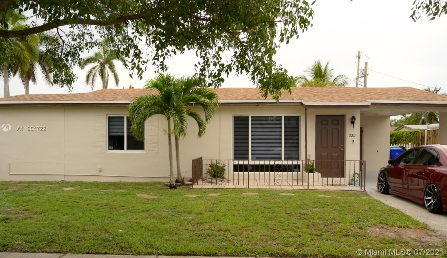 2211 SW 42nd Ter, Fort Lauderdale, FL 33317 - #: A11054722