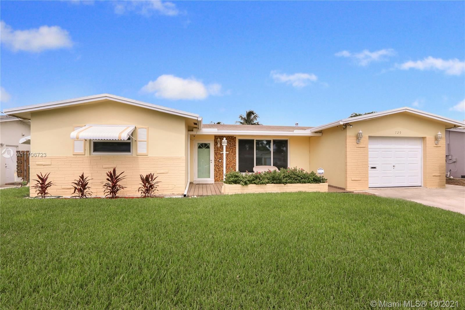 Photo of 729 NW 10th Ave, Dania Beach, FL 33004 (MLS # A11106723)