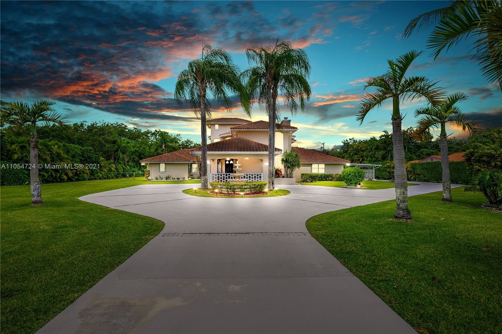 10800 SW 67th Ave, Pinecrest, FL 33156 - #: A11054724