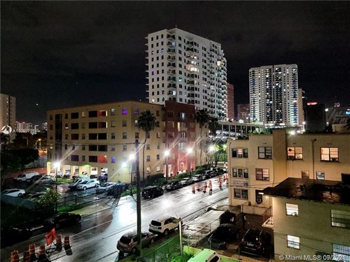 Photo of 546 SW 1st St #408-B, Miami, FL 33130 (MLS # A11099726)