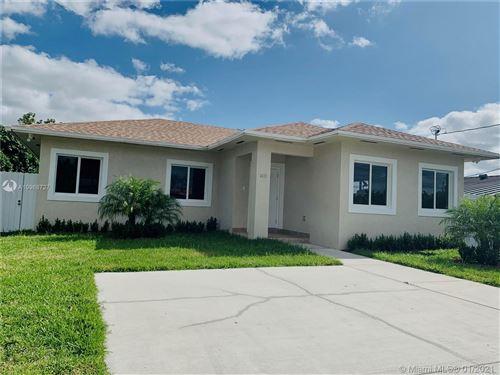 Photo of 3621 SW 92 Avenue, Miami, FL 33165 (MLS # A10968727)