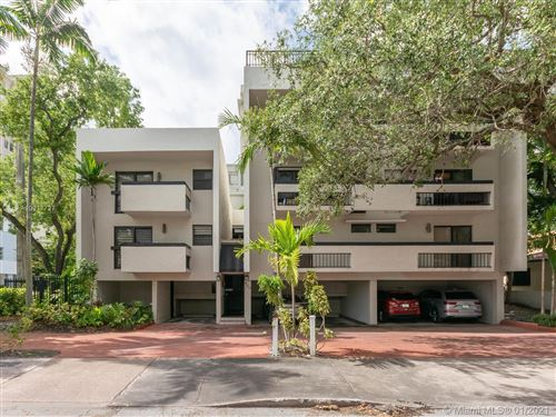 Photo of 400 Valencia Ave #3, Coral Gables, FL 33134 (MLS # A10977727)