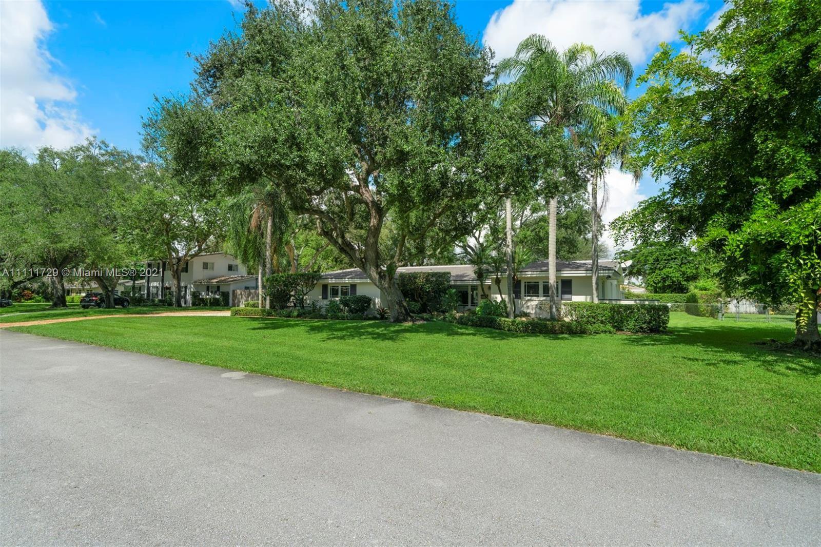 Photo of 7725 SW 143rd St, Palmetto Bay, FL 33158 (MLS # A11111729)