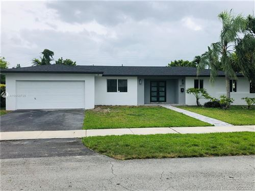 Photo of Listing MLS a10859730 in 6311 SW 93rd Ave Miami FL 33173