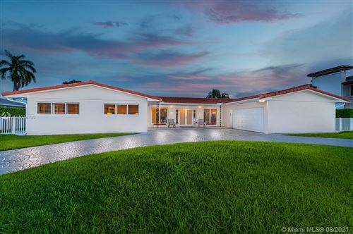 Photo of 6830 Winged Foot Dr, Hialeah, FL 33015 (MLS # A11078733)