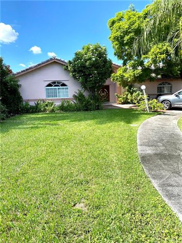 Photo of 3670 SW 139th Pl, Miami, FL 33175 (MLS # A11112733)