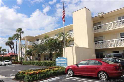 Photo of 3915 S Flagler Dr #319, West Palm Beach, FL 33405 (MLS # A10926734)