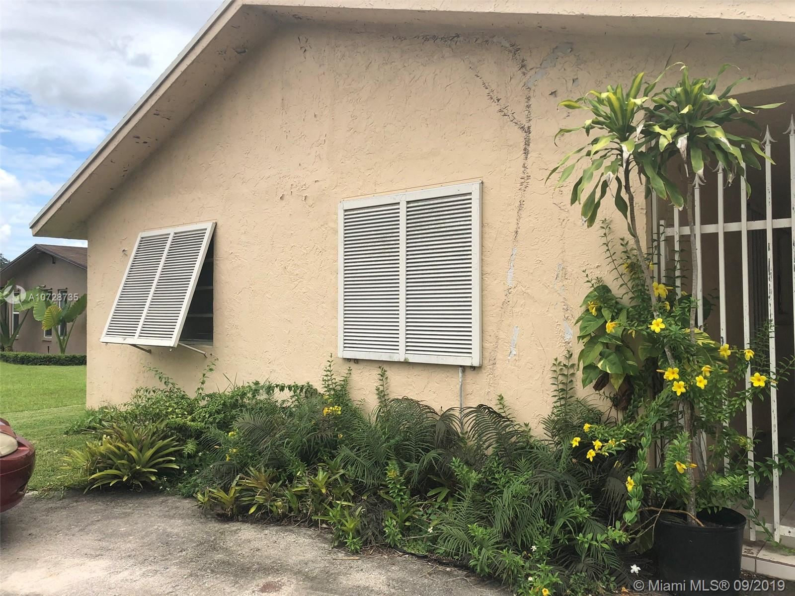 Photo 2 of Listing MLS a10728735 in 14760 SW 77th St Miami FL 33193