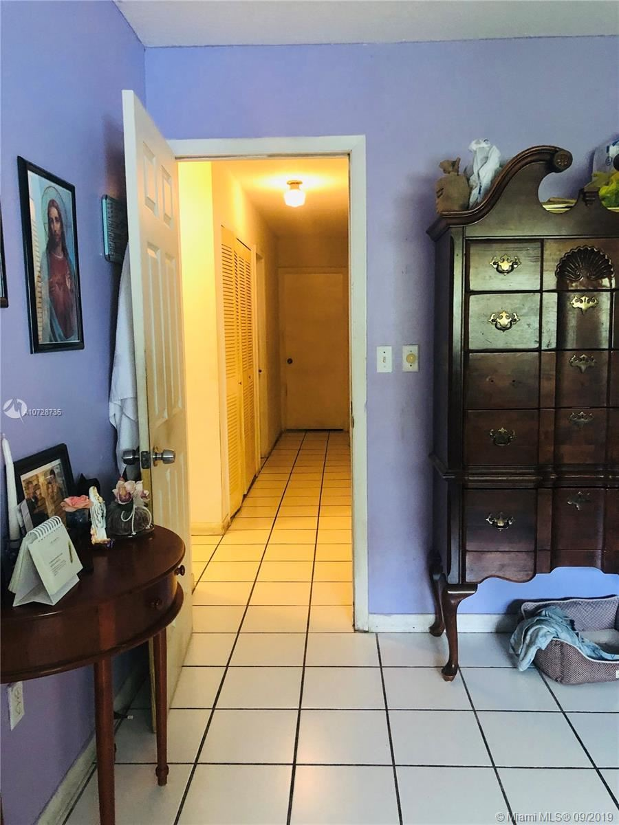 Photo 12 of Listing MLS a10728735 in 14760 SW 77th St Miami FL 33193