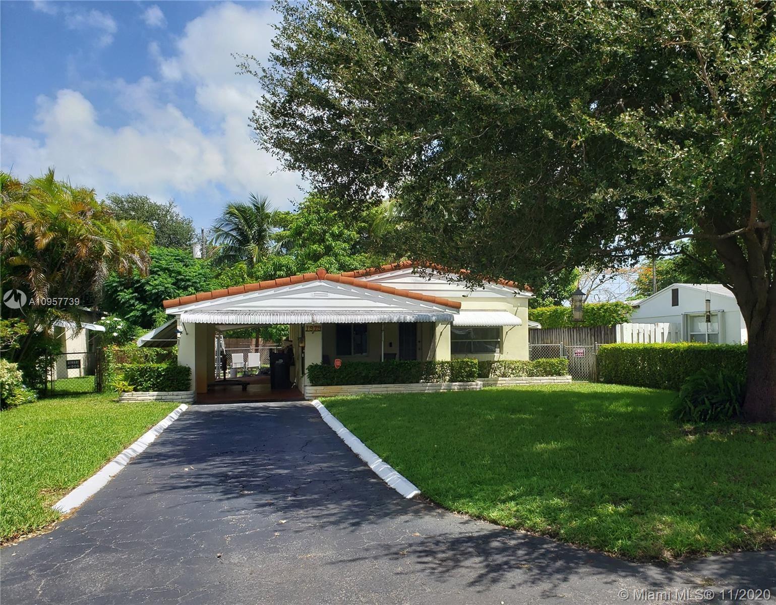 1979 NE 174th St, North Miami Beach, FL 33162 - #: A10957739
