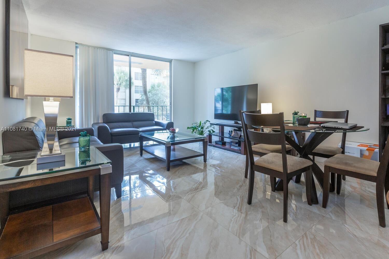 9320 Fontainebleau Blvd #207, Miami, FL 33172 - #: A11081740