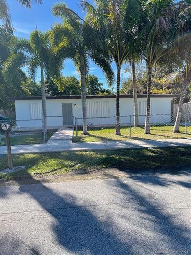 Photo of 15364 Leisure Dr, Homestead, FL 33033 (MLS # A10986741)