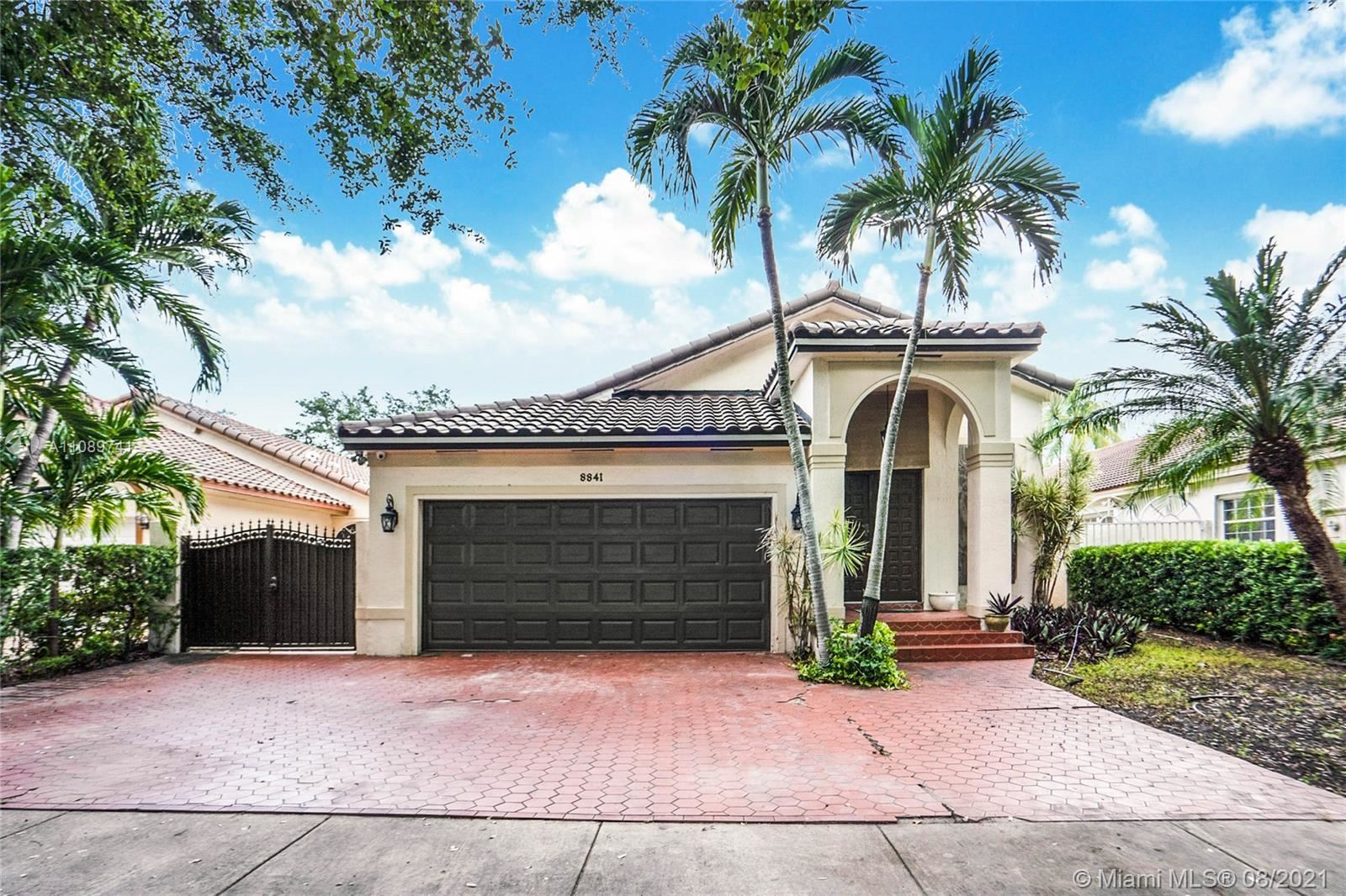 8841 NW 153rd Ter, Miami Lakes, FL 33018 - #: A11089741