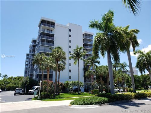 Photo of 150 Ocean Lane Dr #10G, Key Biscayne, FL 33149 (MLS # A10906742)