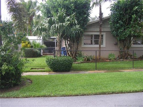 Photo of Listing MLS a10860744 in 5217 SW 94th Ave Cooper City FL 33328