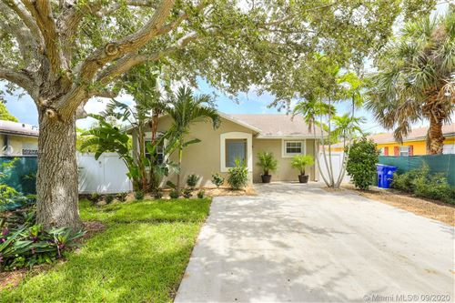 Photo of 1204 NE 3rd Ave, Fort Lauderdale, FL 33304 (MLS # A10932744)