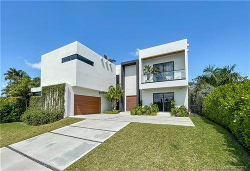 Photo of 2125 NE 124th St, North Miami, FL 33181 (MLS # A11015744)