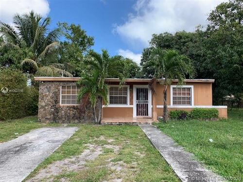 Photo of Listing MLS a10827745 in 12901 Westview Dr Miami FL 33167