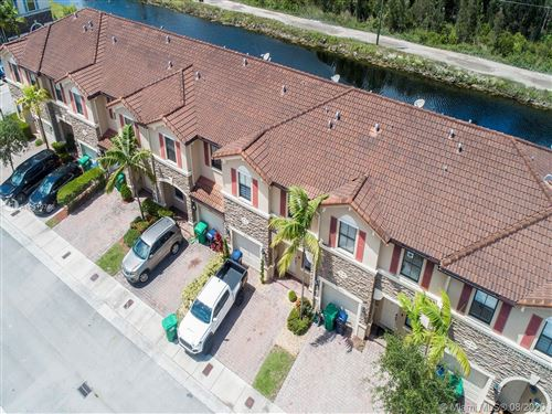 Photo of 16455 SW 42nd Ter #16455, Miami, FL 33185 (MLS # A10919746)