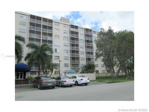 Photo of 1251 NE 108th St #607, Miami, FL 33161 (MLS # A10972746)