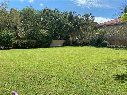 Foto de inmueble con direccion 16022 NW 83 Ct Miami Lakes FL 33016 con MLS A10829747