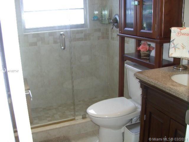 Photo of 301 Oakridge Q #301, Deerfield Beach, FL 33442 (MLS # A11007747)